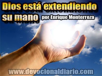 Devocional-Dios-esta-extendiendo-su-mano