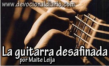 La guitarra desafinada – Maite Leija
