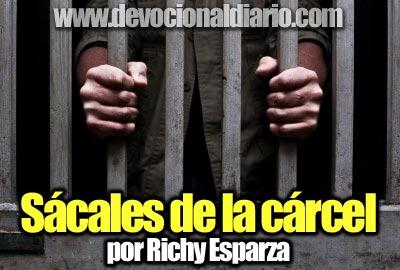 Sácales de la cárcel – Richy Esparza