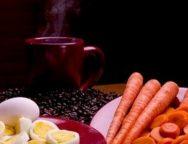 Zanahorias, huevos y cafe